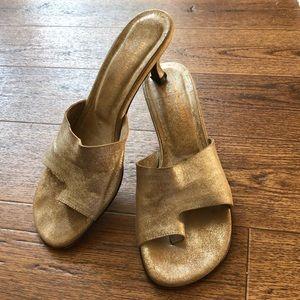 Donald J Pliner Silvery Sandal Kitten Heels 8.5